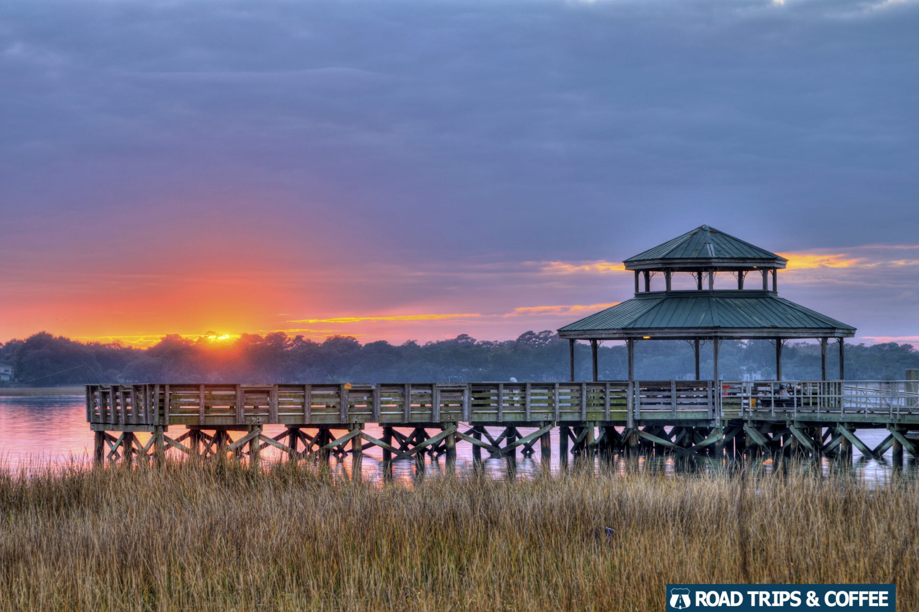 Sunset across the Ashley River at Brittlebank Park in Charleston, South Carolina