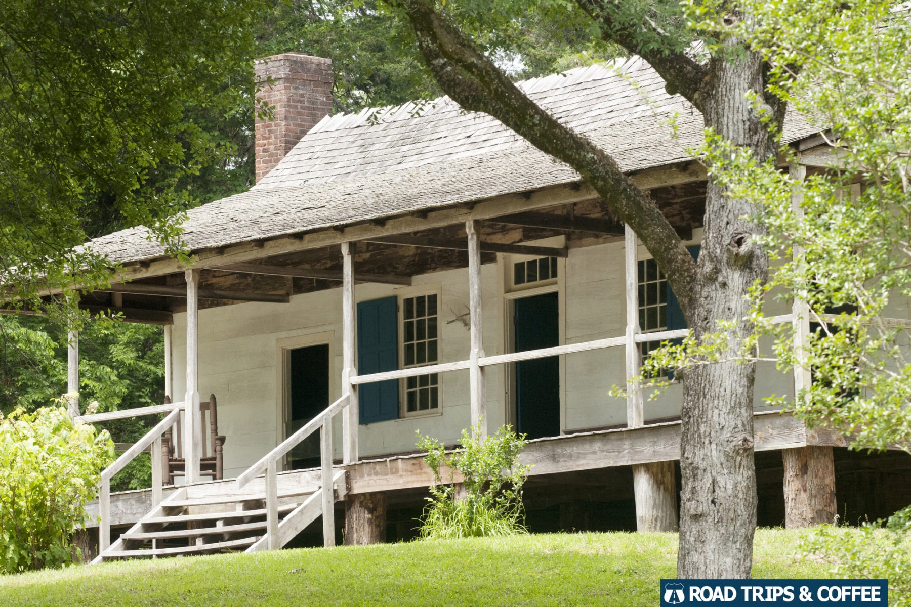 Old inn at Mount Locus at Milepost 15.5 on the Natchez Trace Parkway in Mississippi