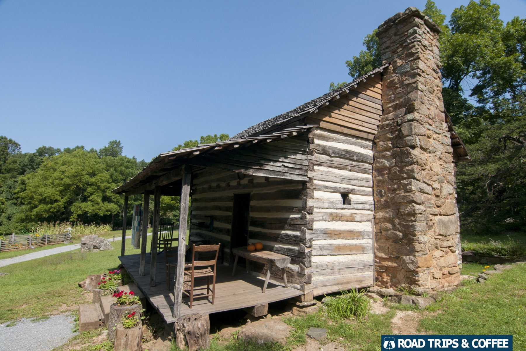 A rustic log cabin at Humpback Rocks Visitor Center on the Blue Ridge Parkway in Virginia